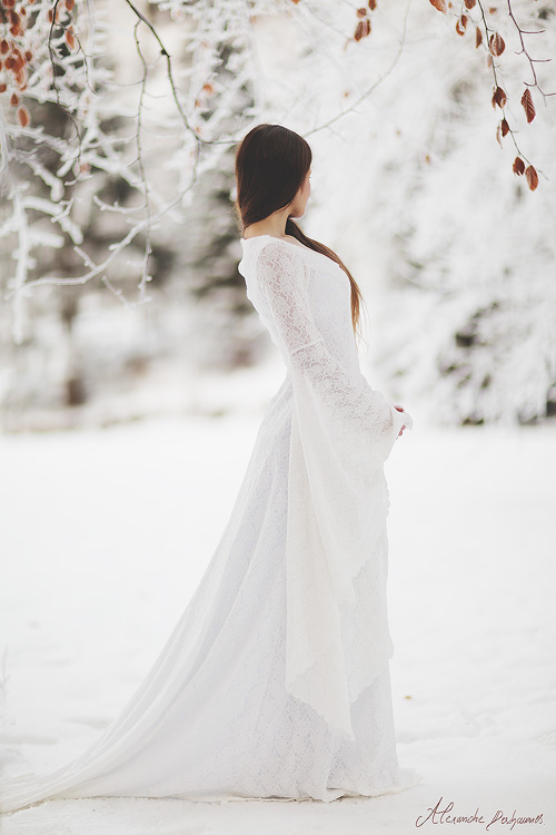 robes de mari e martignas sur jalle gironde aquitaine robe de mari e elfique dame blanche. Black Bedroom Furniture Sets. Home Design Ideas