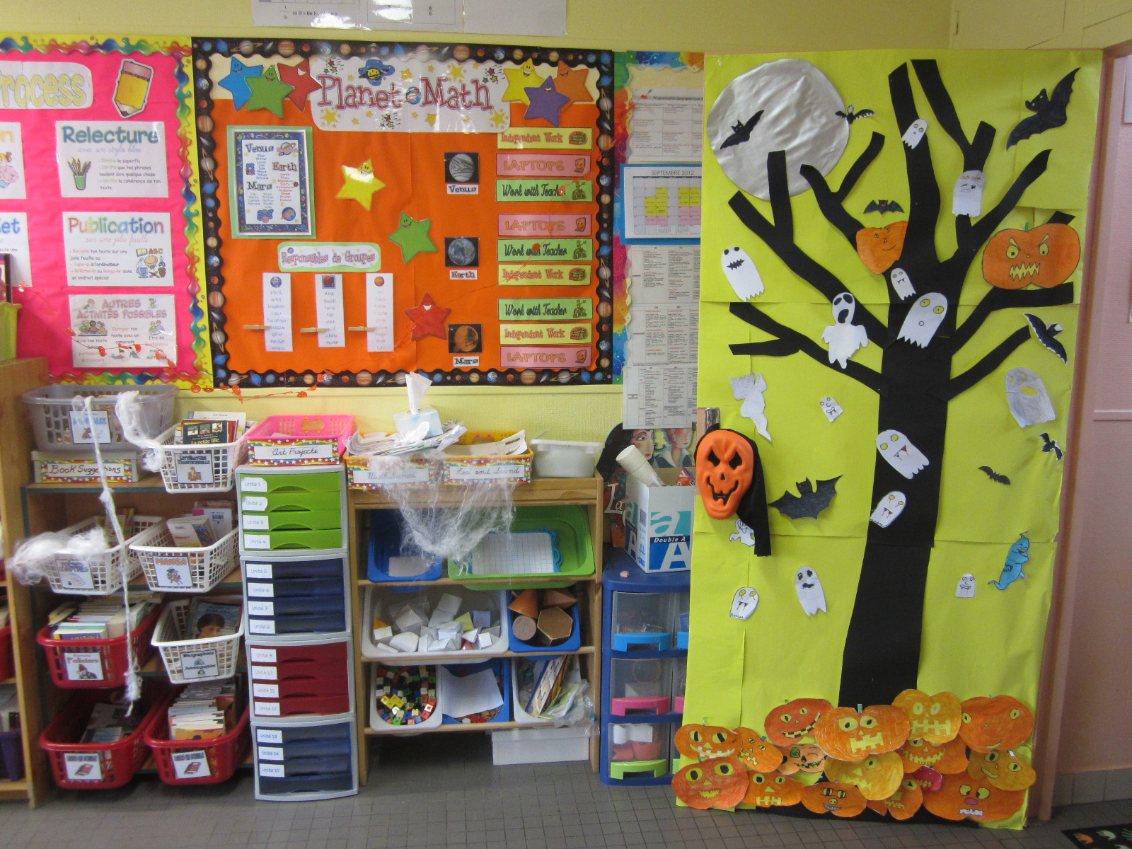 L 39 univers de ma classe happy halloween for Decoration porte classe hiver