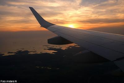 solnedgång, kvällsljus, flygplan, kvällsmoln, sunset, clouds, airplane, västkusten, swedish west coast