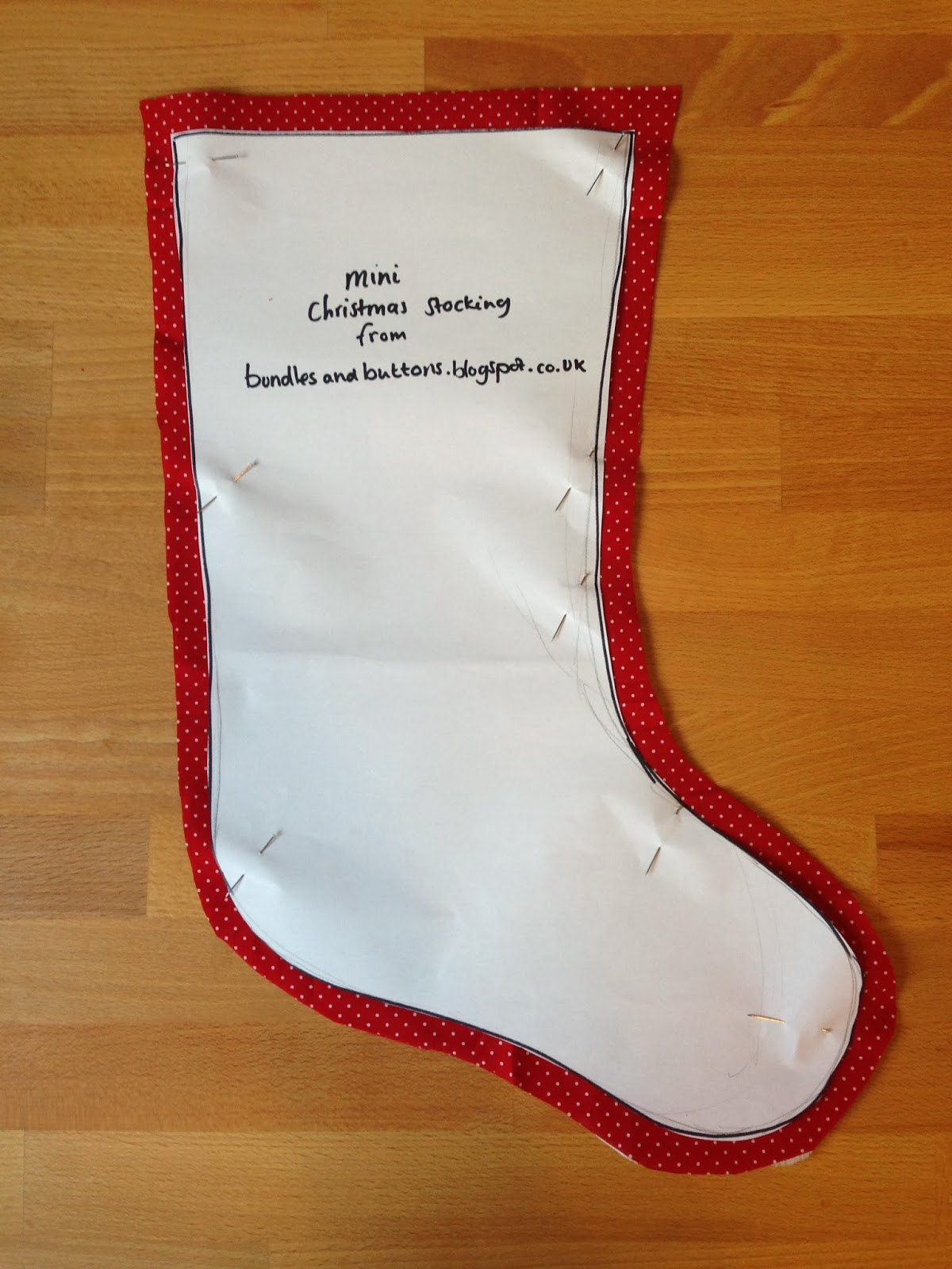 Bundles and Buttons: Christmas Stocking Tutorial and free pattern