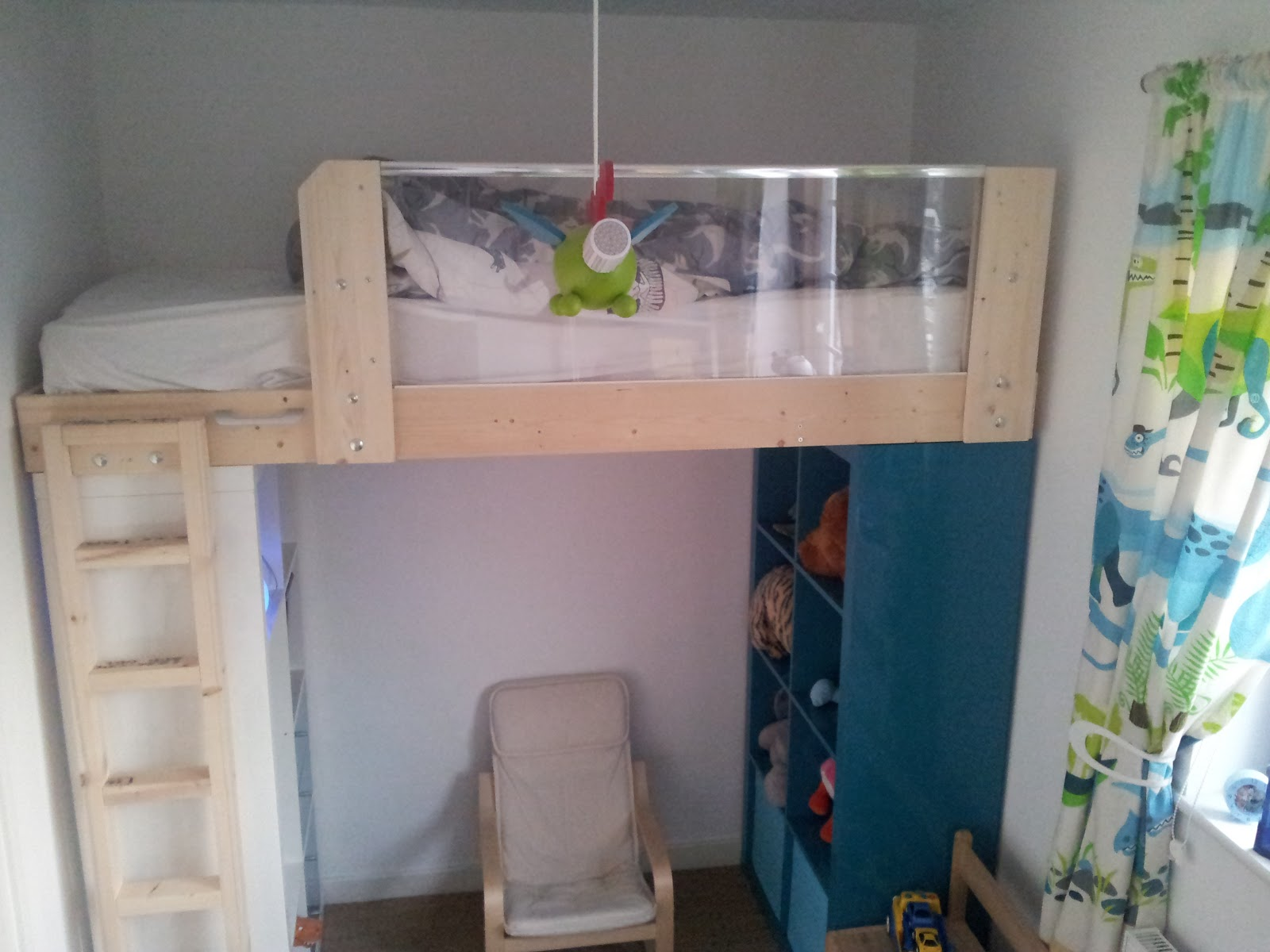 Bed With Bookshelf For Girl