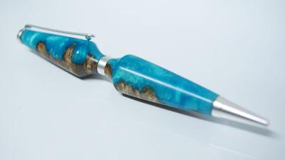 acrylic-pen-lathe-turned