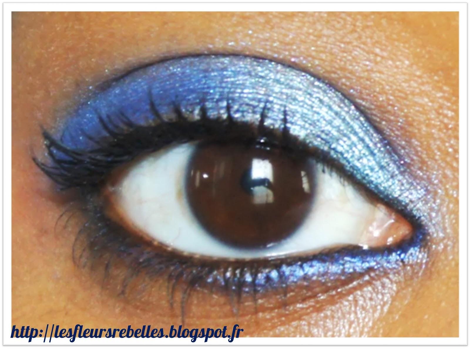 un maquillage bleu lagon pour mes yeux marron palette fap yes love. Black Bedroom Furniture Sets. Home Design Ideas