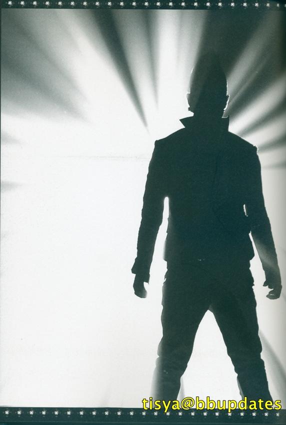 BigBang Eikones Bigbang+bigshow+2011+DVD+japan+version-31