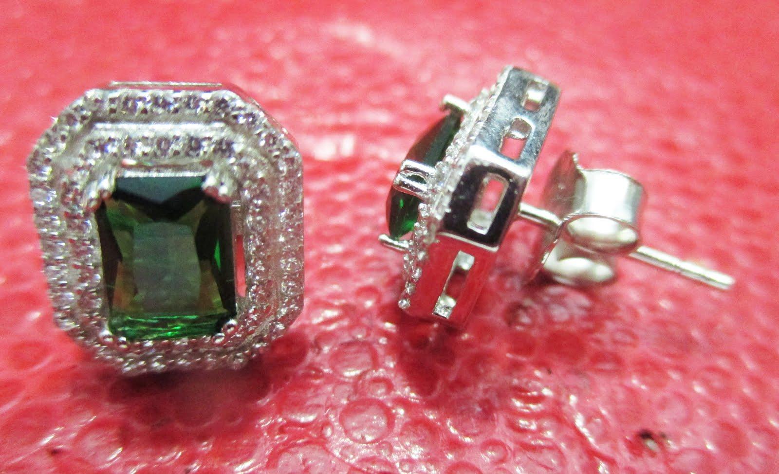 Pendientes de plata piedra verde