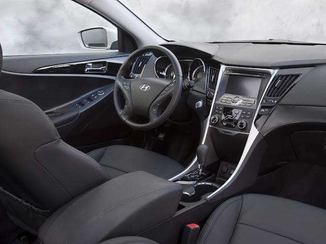 Hyundai Sonata 2011 - interior