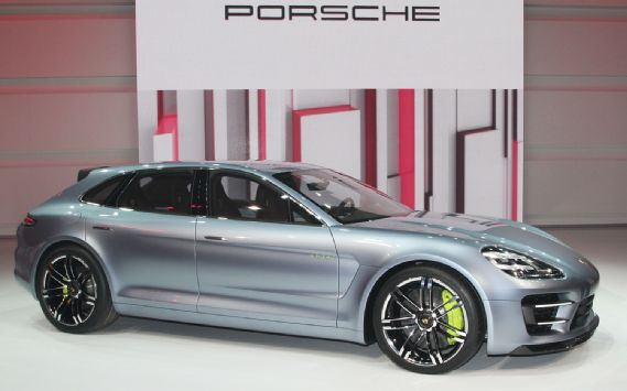 porsche-panamera-sport-turismo-concept-video-paris-2012-http://hydro-carbons.blogspot.com/search/label/Porsche