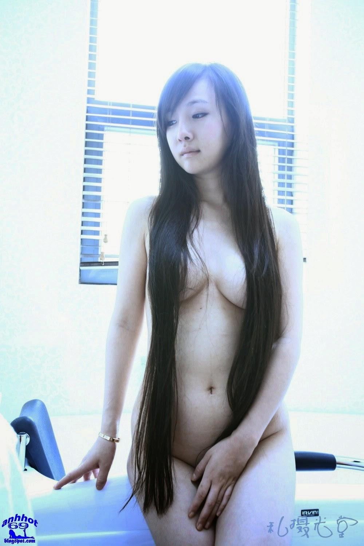 gan-lu-lu-naked_IMG_0679