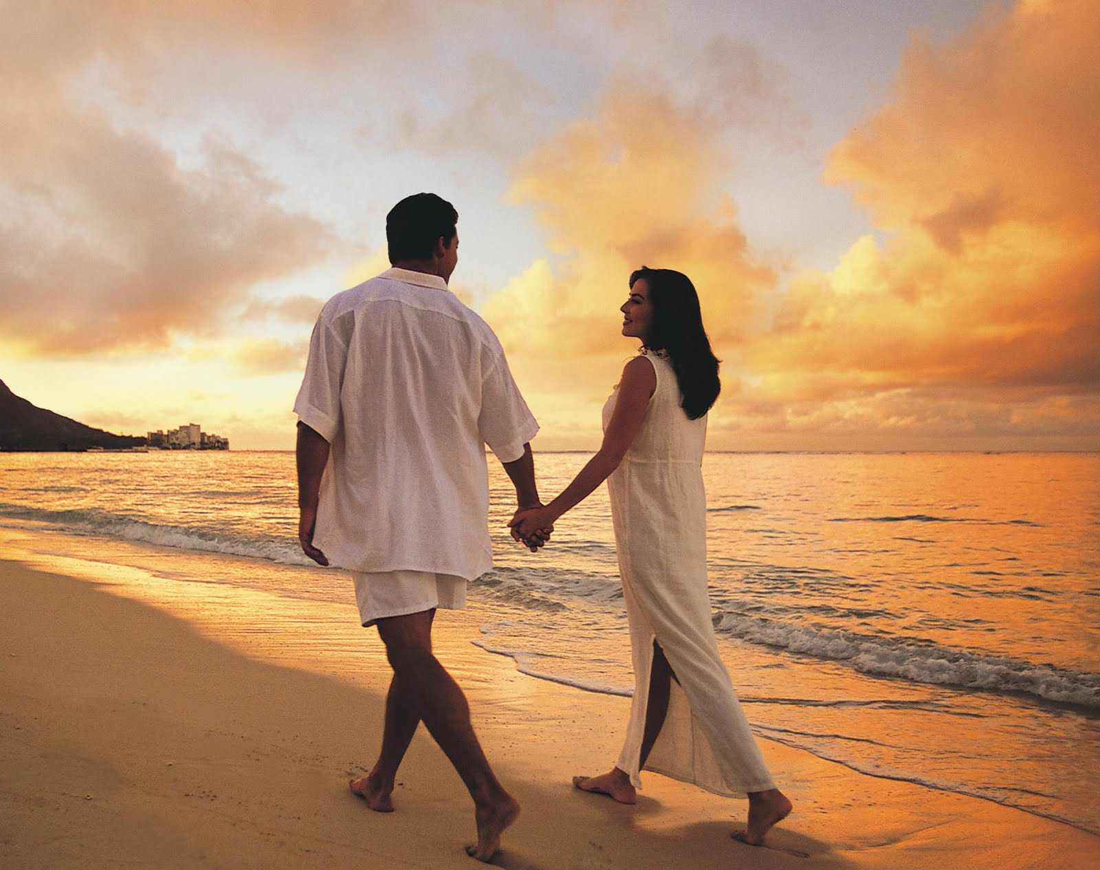 Love Romantic Beach Couple
