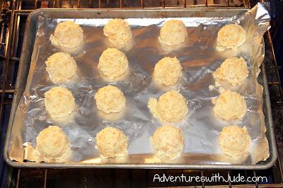 Gluten Free Bacon cheddar garlic biscuits