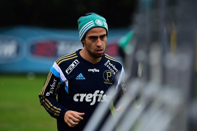 Valdivia encerrou o seu ciclo no Palmeiras contrariado com a diretoria (foto: Djalma Vassão/Gazeta Press)