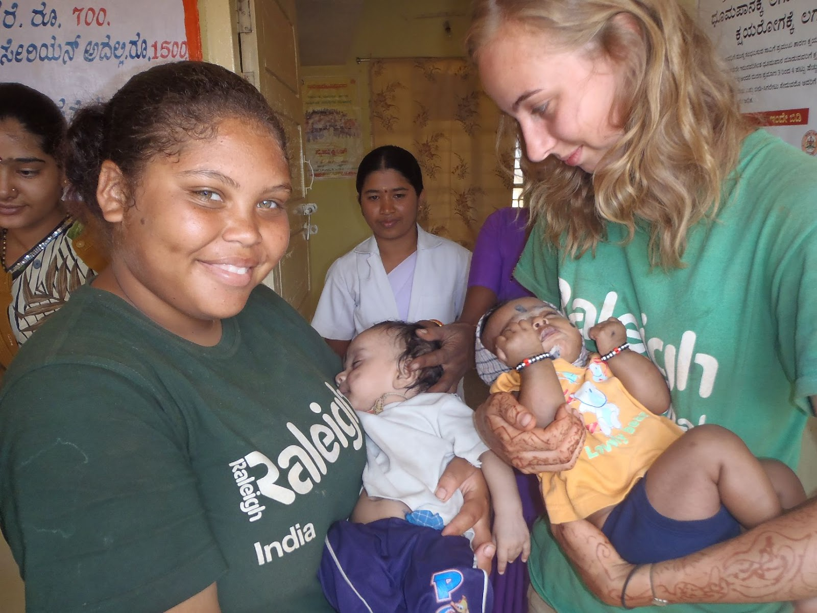 http://1.bp.blogspot.com/-V3jCSeYe0CU/T2cPmQCyfUI/AAAAAAAARY0/ymsmrcDidwY/s1600/image091SMALL+chyna+charlotte+babies.jpg