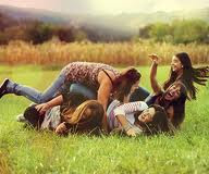 Esos momentos de locura con tus amigas tan inolvidables L'