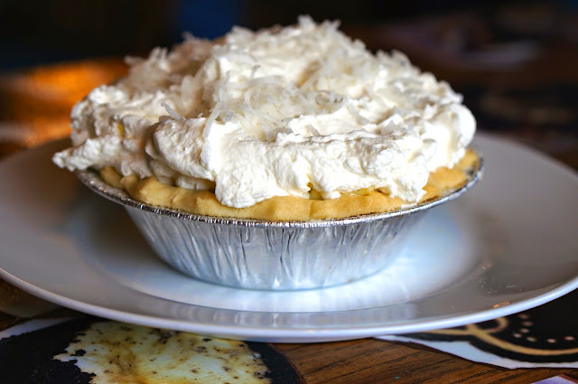 The Tavern,The Martha Washington Inn,Anthony's,Abingdon Virginia,S'mores tart,coconut cream pie,magic bar,key lime pie