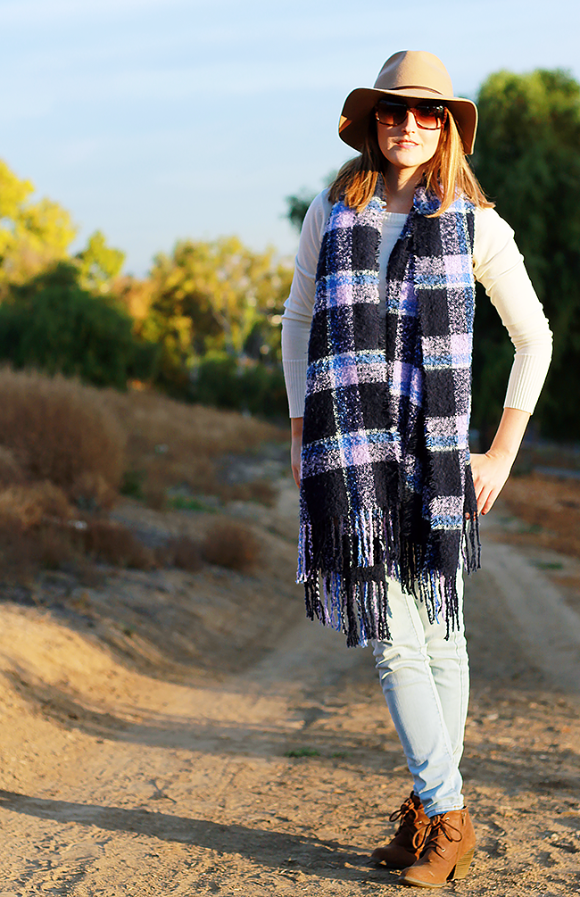 How-To Wear: Aerie Bonfire Blanket Scarf