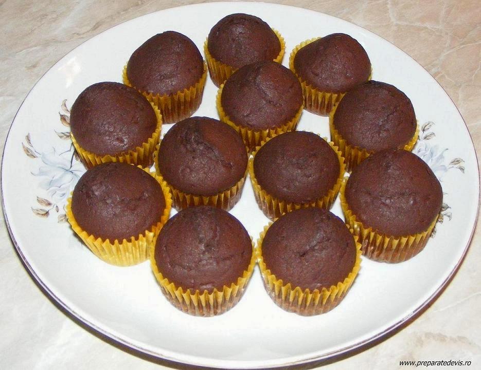 madlene de casa cu cacao, briose, briose cu cacao, madlene, dulciuri, prajituri, deserturi, retete culinare, reteta de madlene, retete madlene, madlene cu ciocolata,