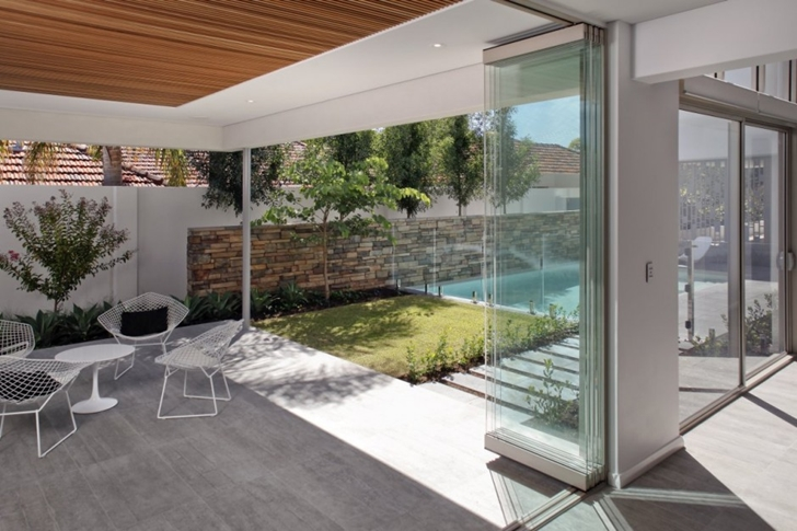 Terrace of Contemporary style One27 Grovedale home by Mick Rule