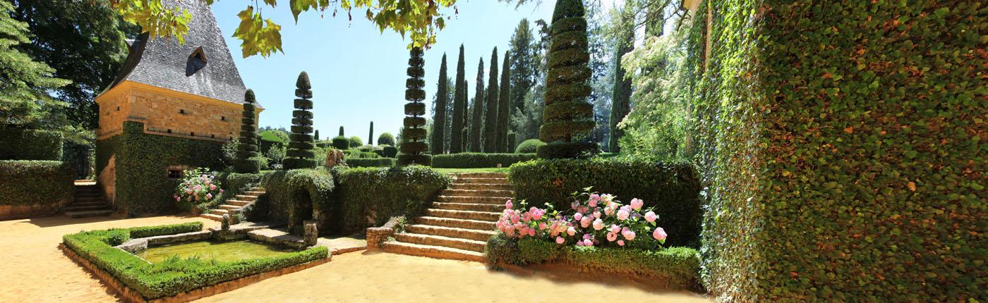 Korzen is in the garden jardins du manoir d 39 eyrignac 3 panoramas - Jardins du manoir d eyrignac ...