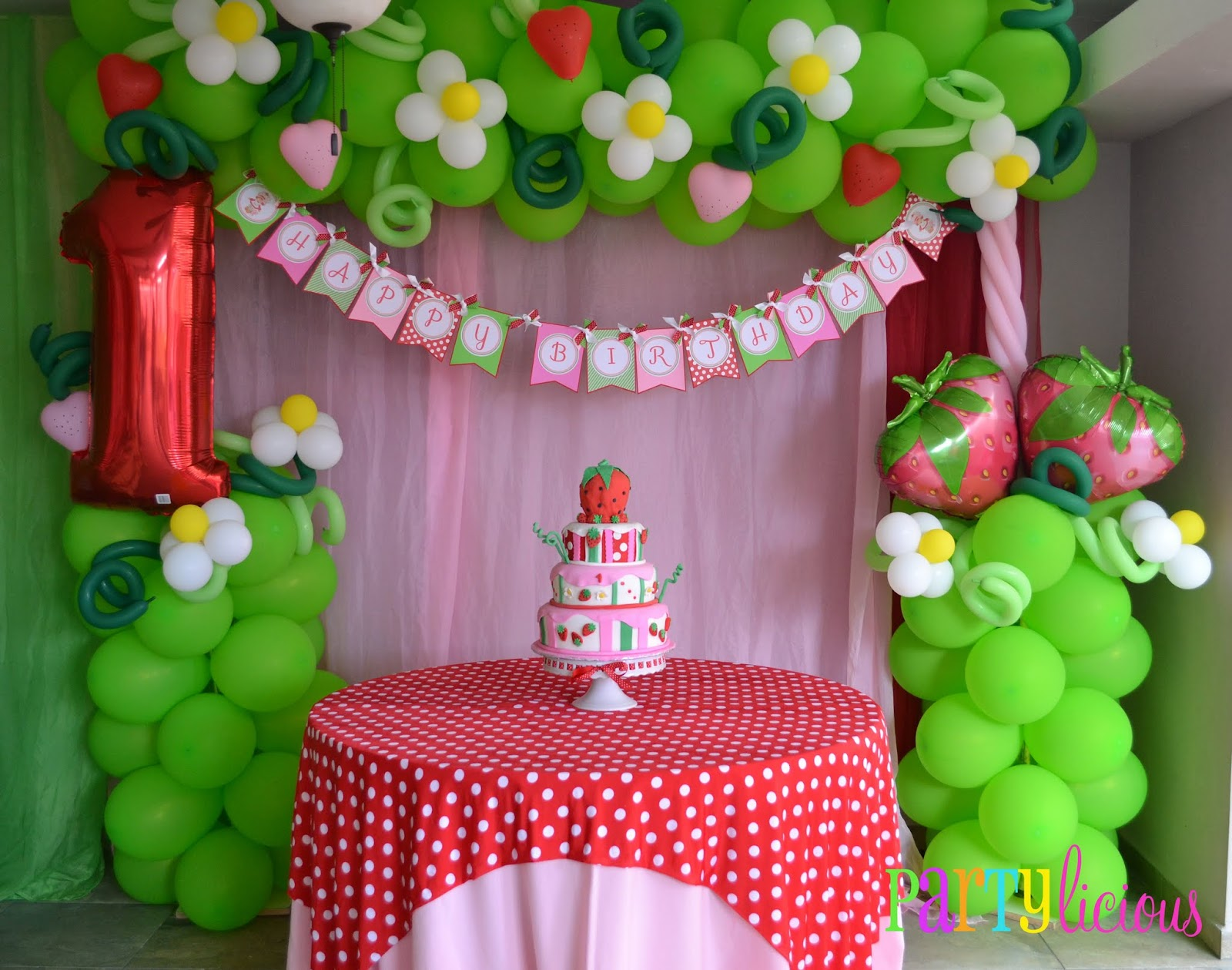 Partylicious events pr vintage strawberry shortcake for Decoration stuff