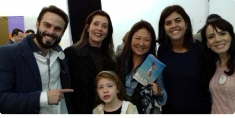 Raphael, Gilmara de Paulo e sua filha Fernanda, Cristina Sasaki, Ana Carolina e Danielle
