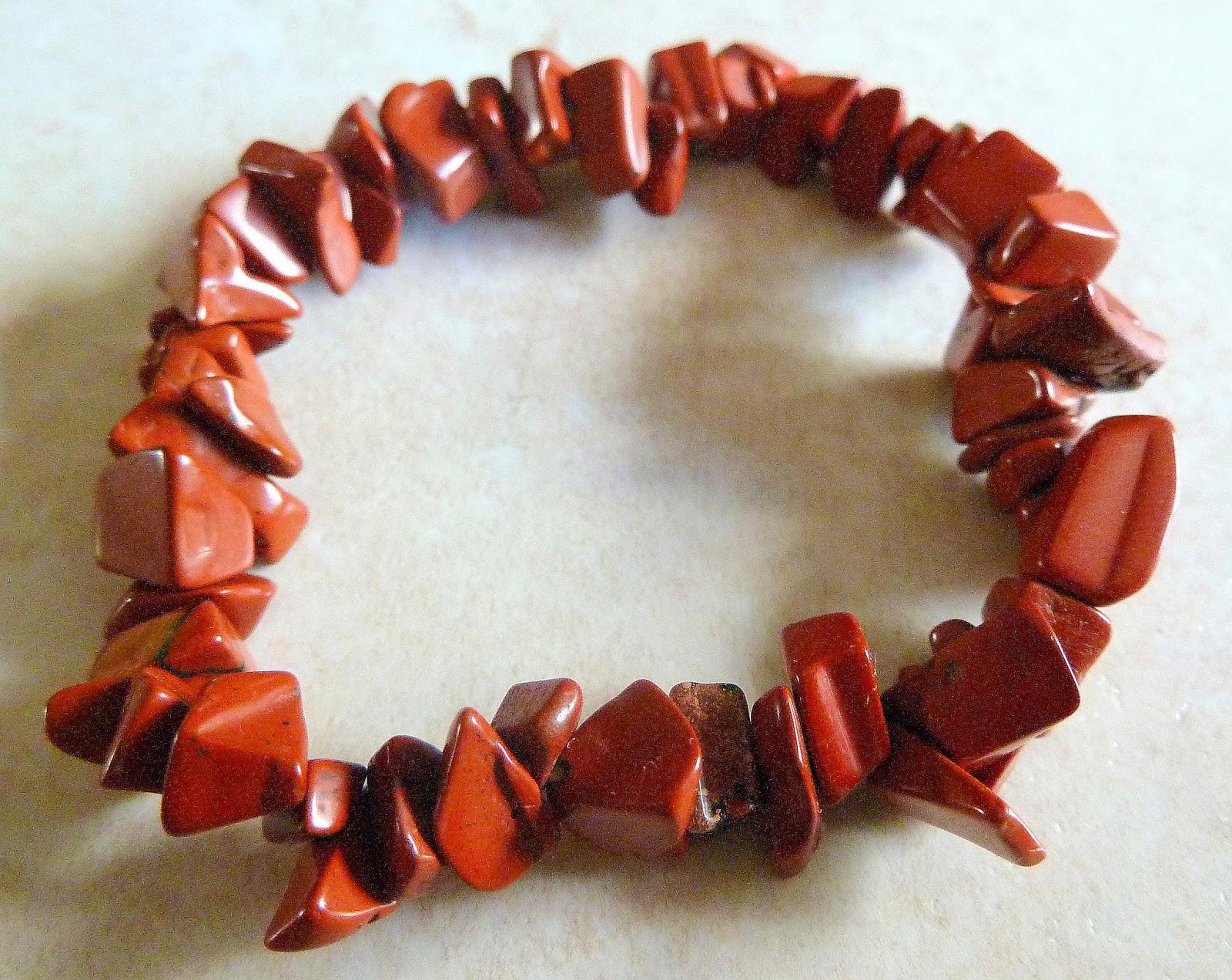 http://www.kcavintagegems.uk/red-jasper-chip-bracelet-401-p.asp
