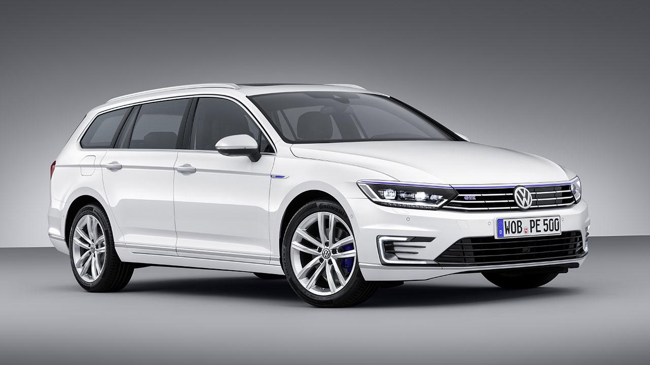 Volkswagen Passat GTE Plug-In Hybrid Wagon
