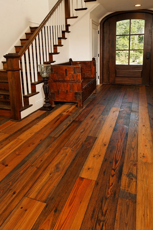 Fantastic floor what 39 s so great about reclaimed hardwood for Reclaimed hardwood flooring