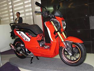 gambar modifikasi Honda Zoomer-X minimalis