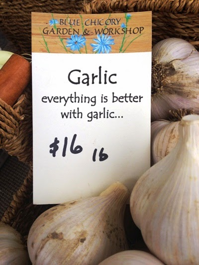 Loose garlic available at The Perth Farmers Market