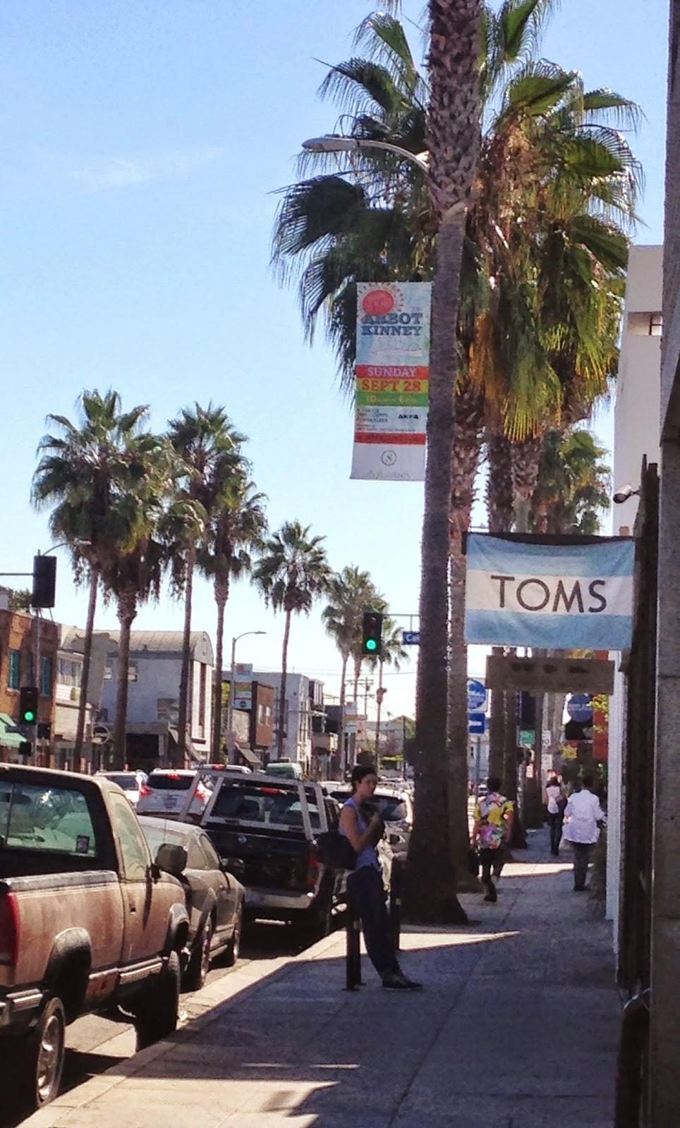 TOMS Flagship Store Venice - Hello, Handbag