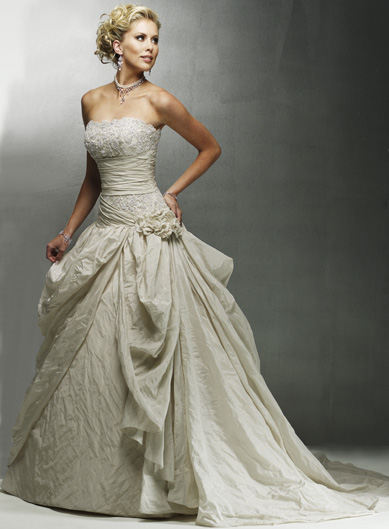 Modern Wedding Dresses Online