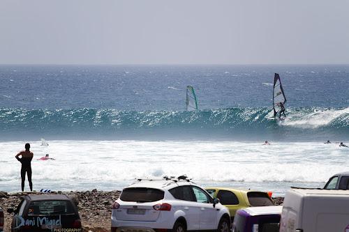 Nayra Alonso windsurfing