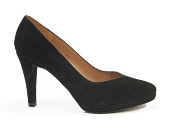 La chica de los 1001 zapatos salon audreys de nuria cobo - Zapatos nuria cobo ...