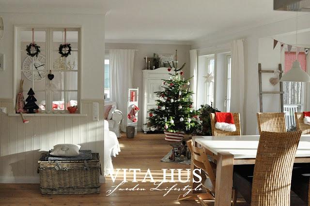 weihnachtshaus vitahus. Black Bedroom Furniture Sets. Home Design Ideas