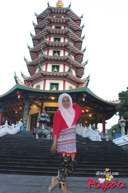 jalan jalan ke Pagoda semarang, jalan jalan ke jawa tengah, review pagoda semarang, nama pagoda semarang apa?,ada apa di pagoda semarang, pagoda avalokitesvara semarang dimana?