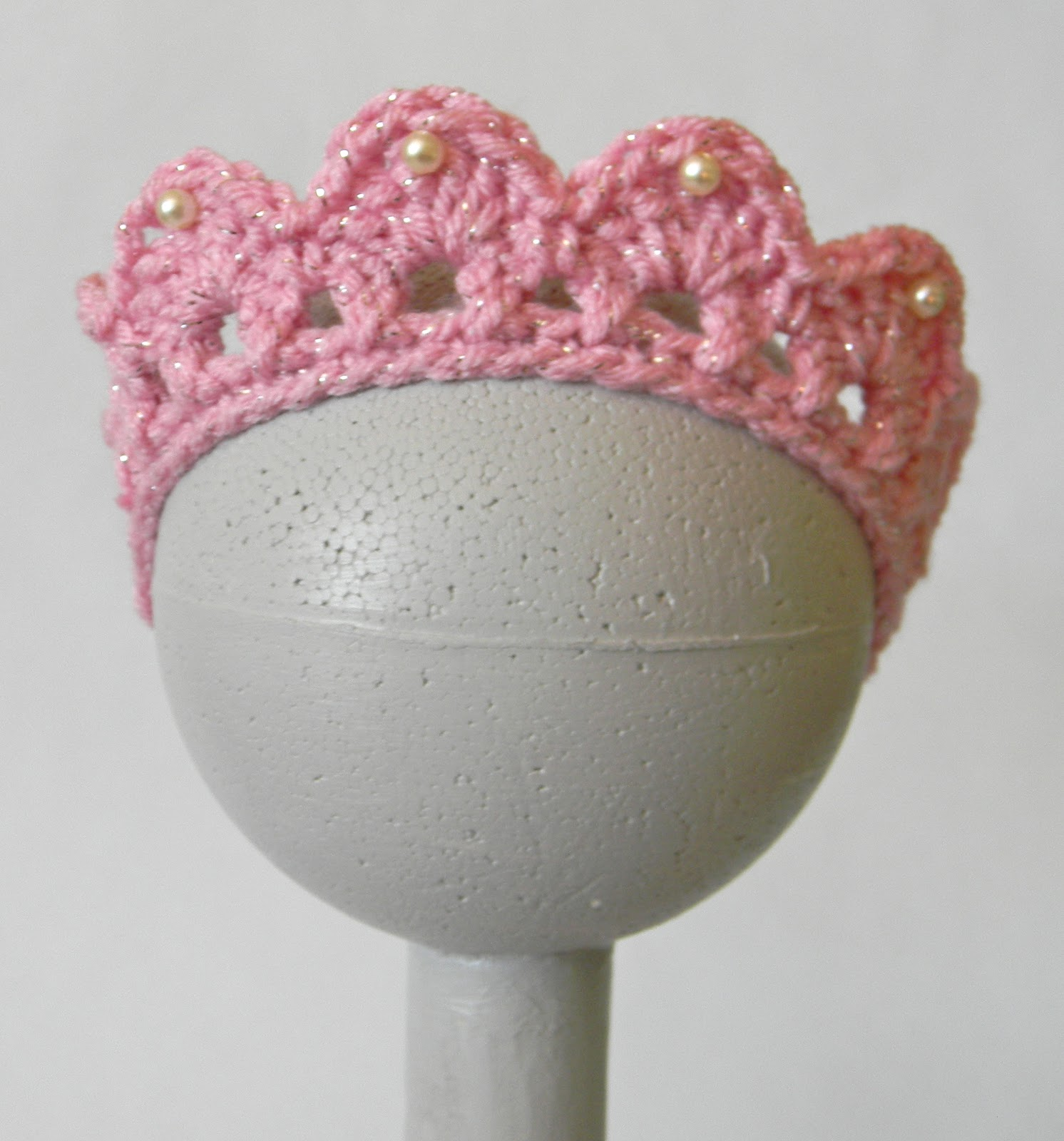 Free Crochet Pattern Baby Crown : Oodles4Noodles: Cais Birthday Tiara
