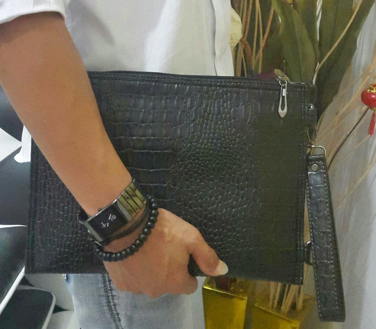 Clutch bag motif croco warna hitam kualitas kulit asli tas fashio terkini