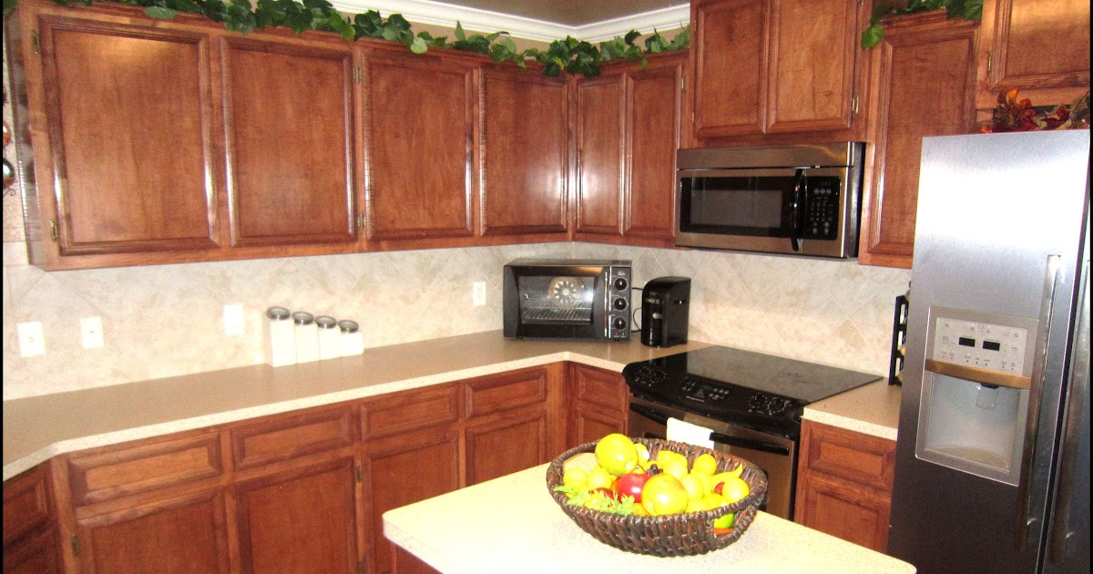 Stain kitchen cabinets home decorating ideasbathroom interior design - Stain inside of cabinets ...