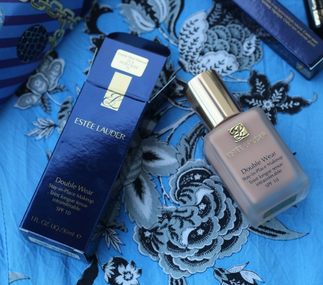 estee lauder, double wear foundation, review, swatch, shade ivory rose, 2c4,