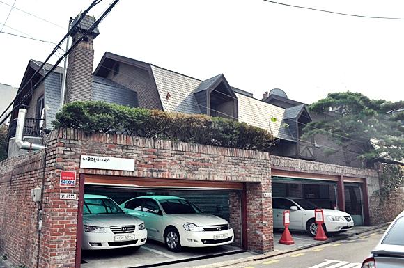 hongdae walk cafe streets seoul