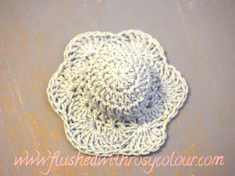 Flushed with Rosy Colour: Doll\'s Blue Easter Bonnet, free pattern