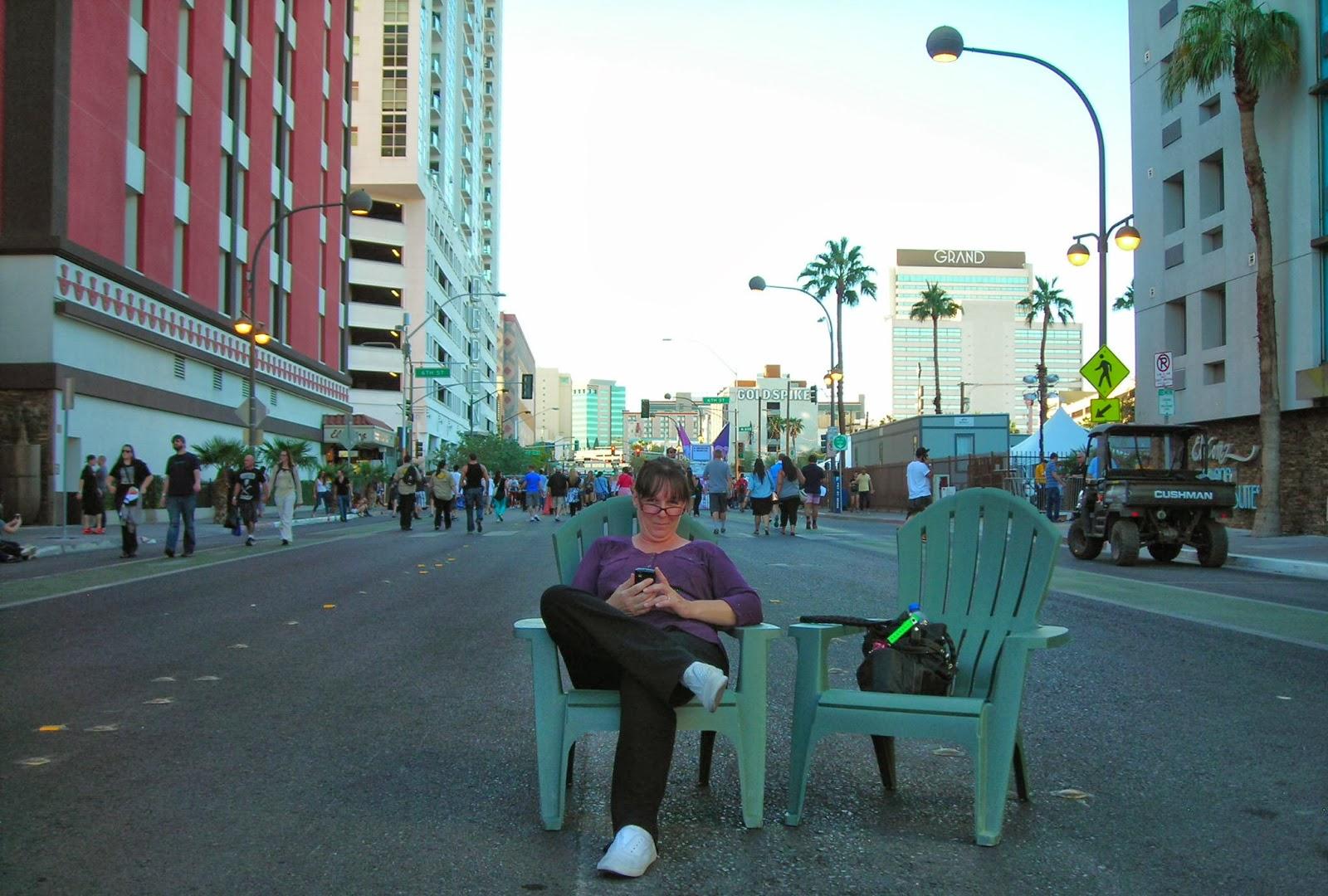 Vegas Girl: October 2013
