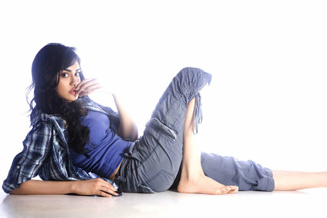 Adah+Sharma+Latest+Spicy+Photoshoot+Gallery+%287%29