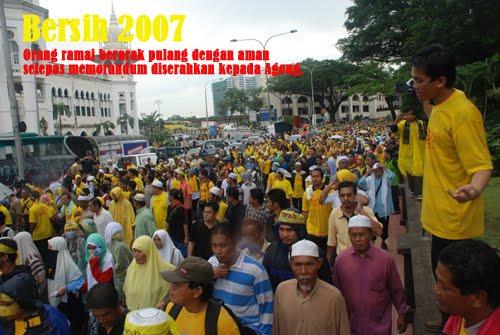 http://1.bp.blogspot.com/-V7KVGjxS57o/TgaJIHlIr2I/AAAAAAAAJcU/lTAa3XP0YpQ/s1600/Bersih%2B1%2B-%2B2.jpg