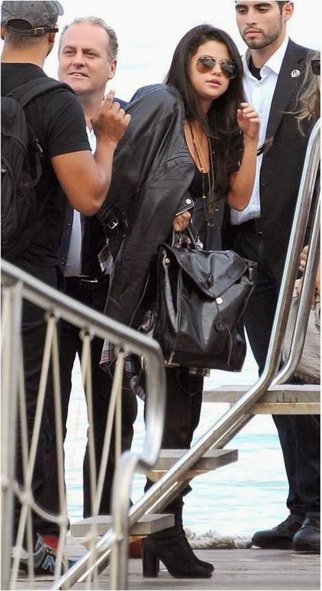 Selena Gomez Arrives in Italy