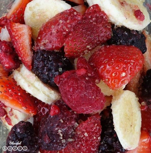 Banana Berry Salad @ Blissful Roots