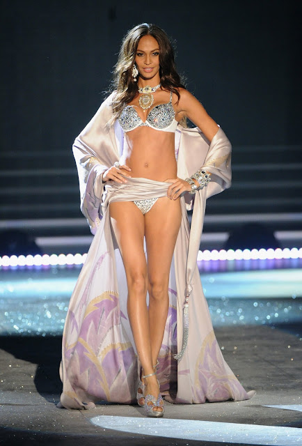 Joan Smalls - Looking Amazing at The 2012 Victoria's Secret Fashion Show NY - November 7, 2012