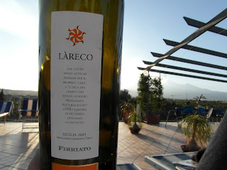 Red - Sicily - Lareco - Nero d'Avola - Firriato (Winery) - 2009 Place : Palazzio Giovanni, B&B (Stazzo, next to Catania)