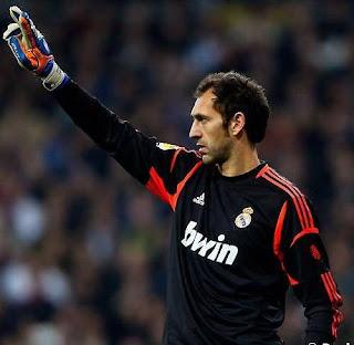 Diego Lopez en partido con el Real Madrid