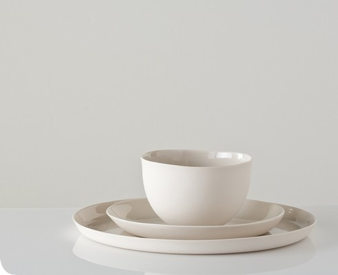 I am particularly fond of the top set from Gretel however the uncomplicated and organic yet striking design of each of these dinnerware sets would ... & Itu0027s the Little Things: simple dishes